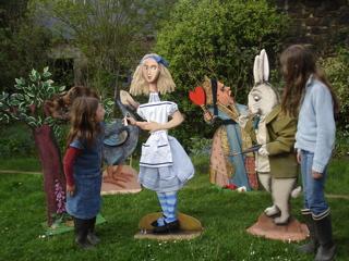 D cors alice au pays des merveilles - Alice au pays des merveilles decoration ...